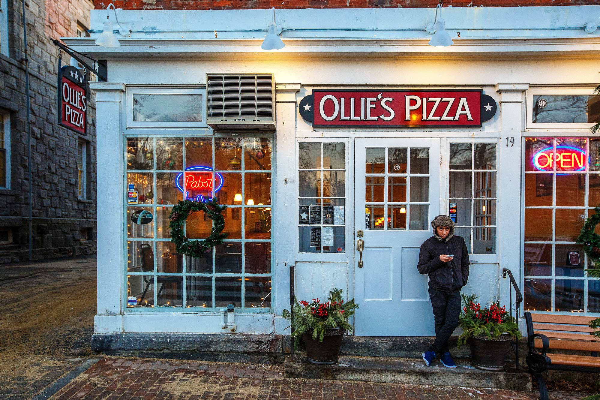 Ollie's Pizza, Litchfield, CT, 12/15/14